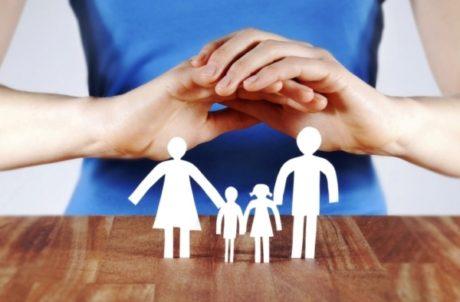 Матеріальне забезпечення застрахованих осіб
